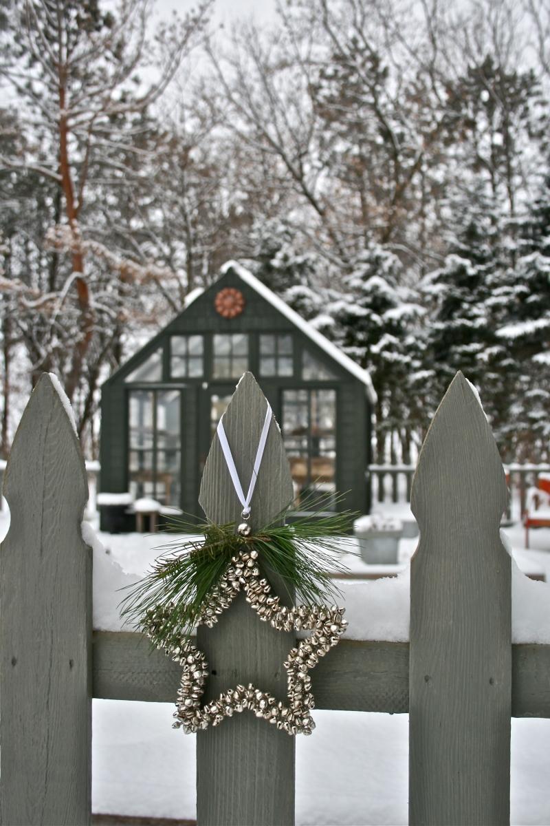 Christmas In The Garden