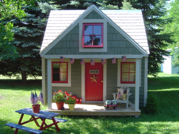 Our completed playhouse/garden shed.Tea Parties Daily
