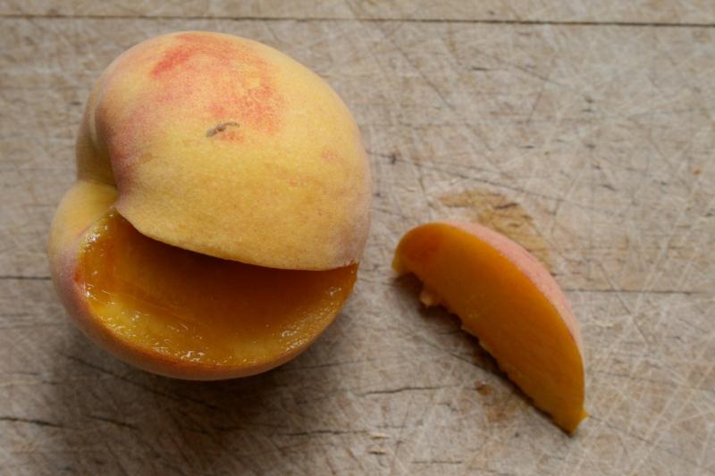 The Contender Peach